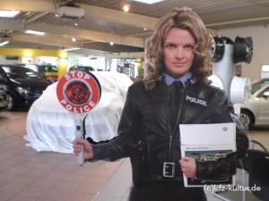 Stop Polizei die Werbung von VW neuer Scirocco
