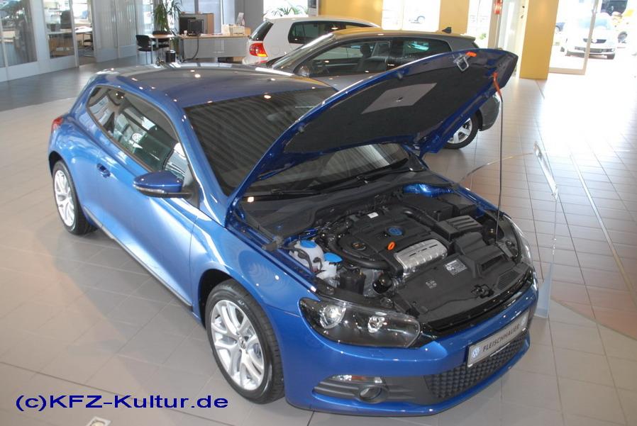 Der neue Scirocco bei der Premiere im Autohaus Fleischhauer in KÖLN
